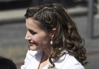 Penteado de rainha Leitizia faz sucesso