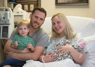Nasceu a bebé gerada para doar órgãos.