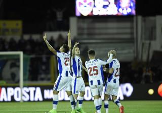 [0-2] Chaves-FC Porto: Maxi Pereira expulso