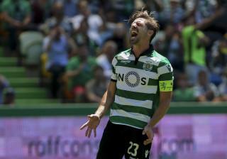 Capitão do Sporting assume deceção e deixa mensagem a adeptos