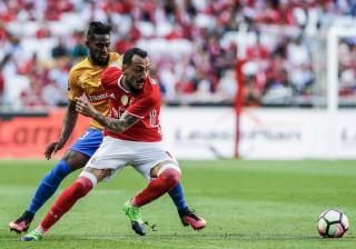 Águias garantem três jogadores do Estoril