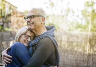 Dia do abraço. Conheça os benefícios deste gesto