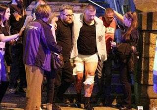O terror voltou a manchar Inglaterra. As imagens do ataque em Manchester
