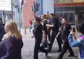 Homem de 23 anos detido na sequência do ataque