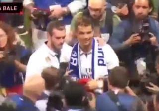 Ronaldo e o pormenor com Bale captado pelas câmaras de televisão