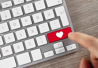 Se quer ter sorte ao amor, evite usar estas palavras para se descrever