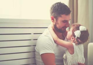 Cérebro dos pais responde de forma diferente às filhas
