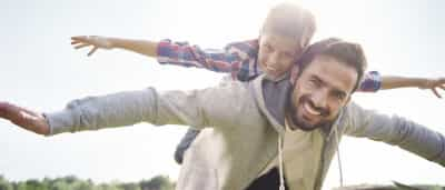 Responder a dúvidas? Jovens preferem a internet ao pai... mas não deviam