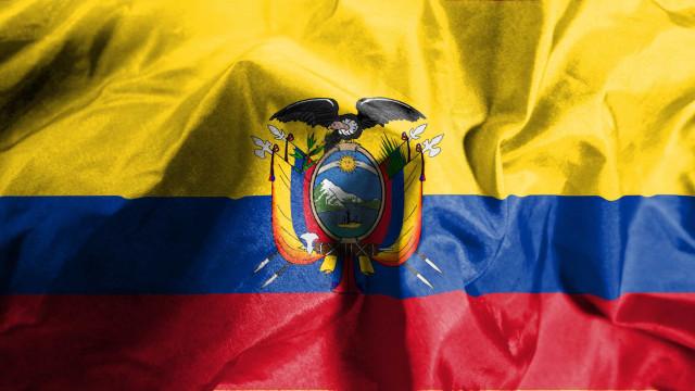 Incêndio em clínica no Equador provoca 18 mortos