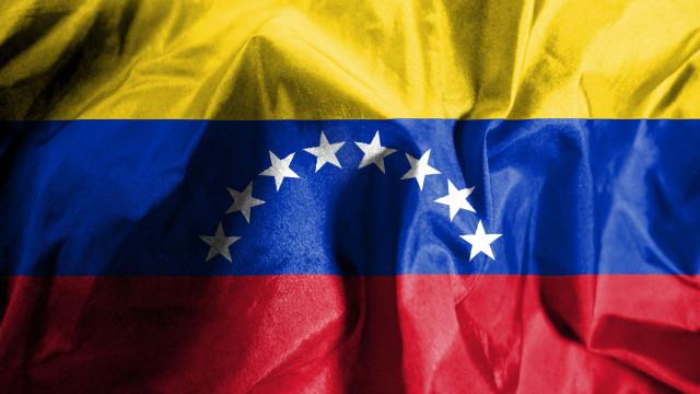 Grávida morta a tiro na entrega de pernil na Venezuela