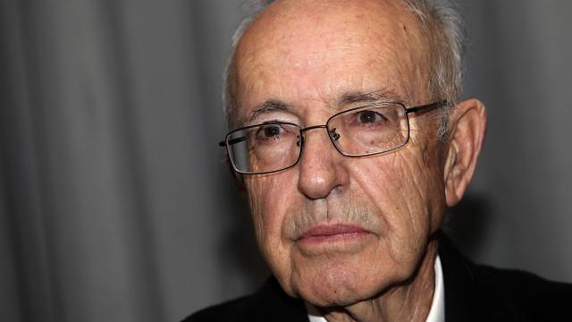 """Borges Coelho aceita """"com júbilo"""" prémio que nem sabia existir"""
