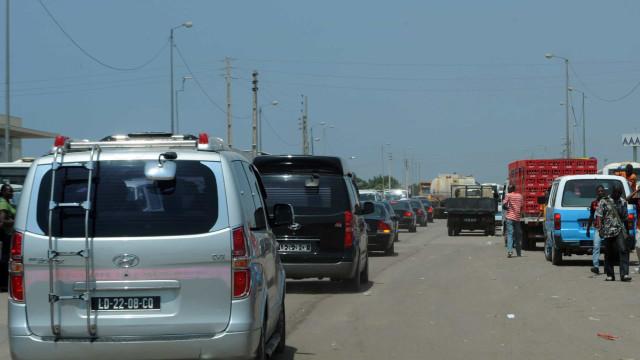 Autoridades admitem caos no trânsito em Luanda e prometem soluções