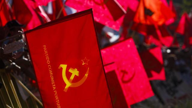 PCP defende publicidade das subvenções vitalícias a políticos