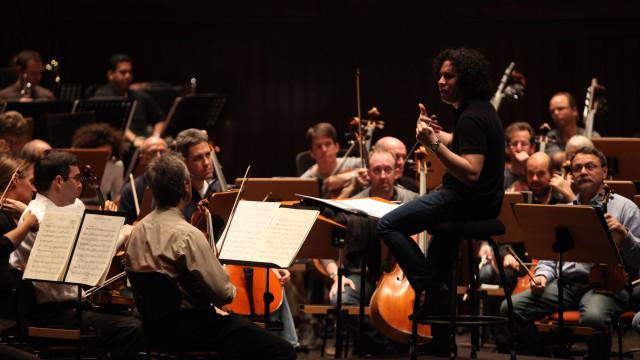 Maestro Dudamel dirige a Orquestra de Câmara Mahler na Gulbenkian