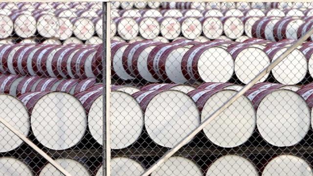 Preço do barril Brent sobe 0,57% e fecha semana nos 71,83 dólares