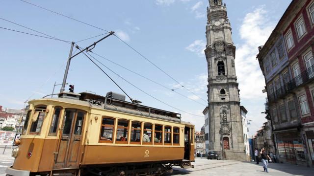 Guias turísticos 'piratas' oferecem-se online para trabalhar no Porto