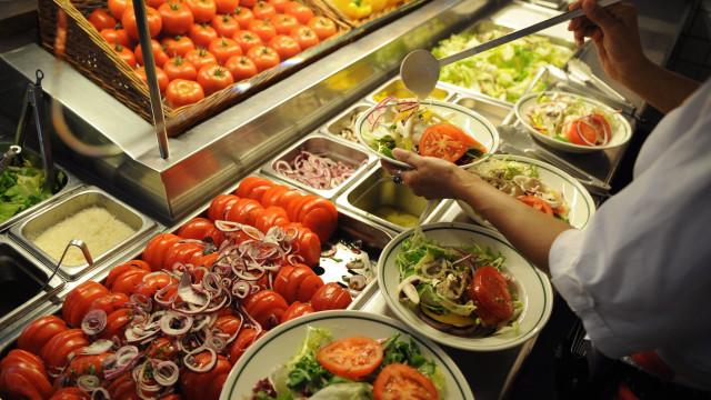 Alimentos estragados transformam-se em composto e energia na Amadora