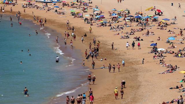 """APA: Conclusões sobre qualidade das águas balneares são """"especulatórias"""""""