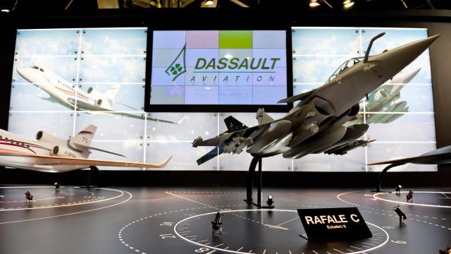 Airbus e Dassault querem construir avião de combate aéreo franco-alemão