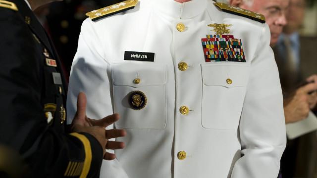 Almirante pede lhe seja retirada acreditação como foi a Brennan
