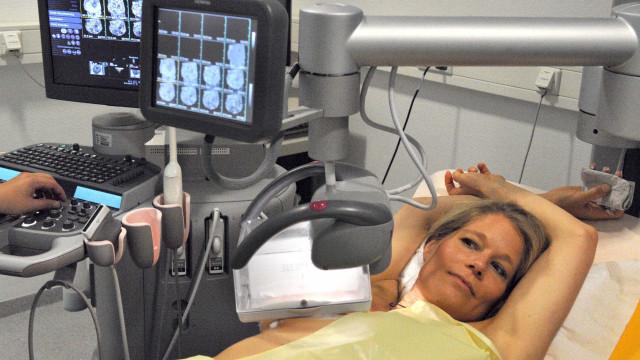 Rastreio do cancro da mama passa dos 45 para os 50 anos