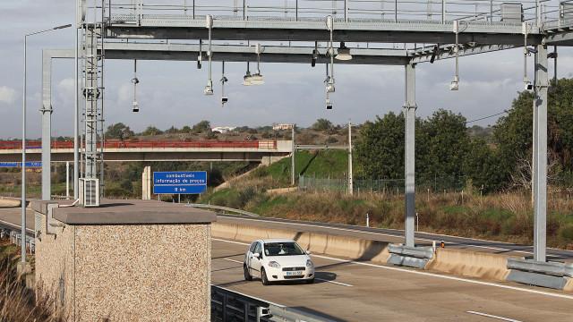 Governo está a avaliar redução de portagens para o Interior