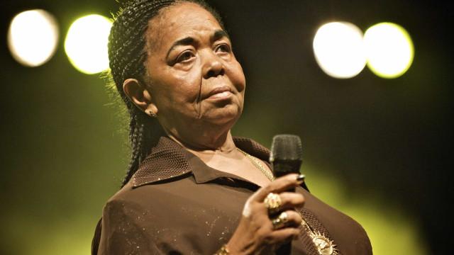 Cabo Verde homenageia vítimas com selo de Cesária Évora no Bataclan