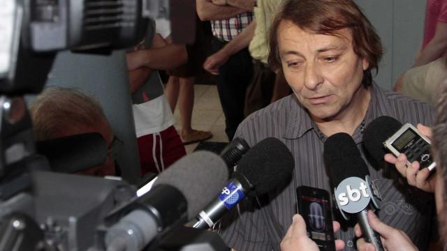 Tribunal aceita providência que impede Brasil de extraditar Battisti