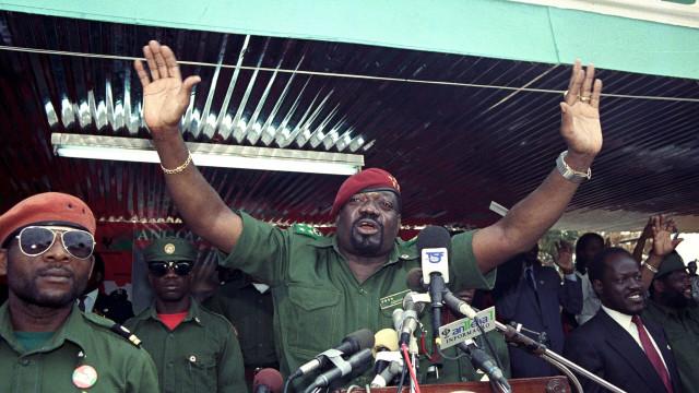 Restos mortais de Jonas Savimbi devolvidos à UNITA até ao final do ano