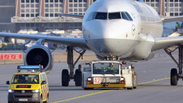 Avião altera rota de aterragem em Lisboa devido a drone