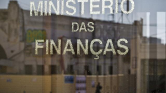 Finanças prometem enviar informação exigida pela Comissão Europeia