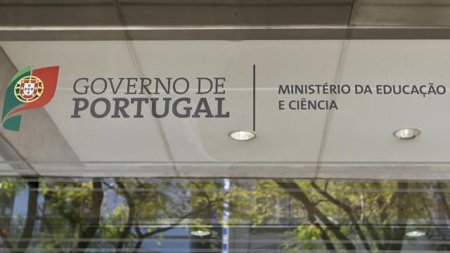 Diretora-geral da Administração Escolar demitiu-se