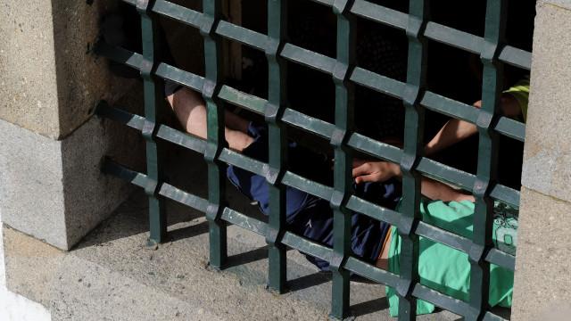Número de portugueses detidos no estrangeiro diminuiu para 168