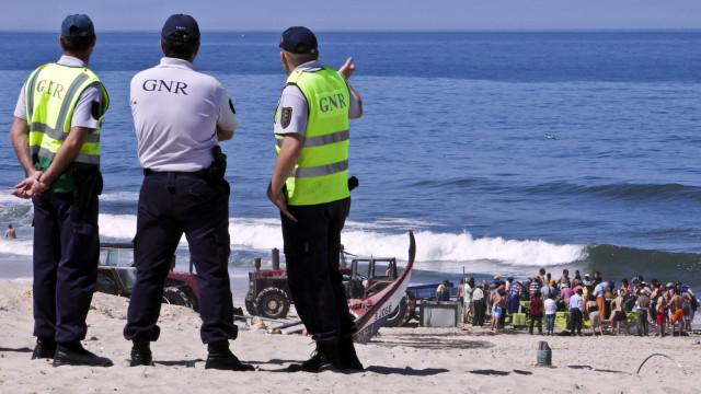 GNR apreende 1200 quilos de carapau e doa a instituições de solidariedade