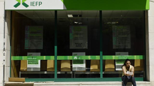 Desempregados inscritos no IEFP baixaram em junho para mínimo de 16 anos