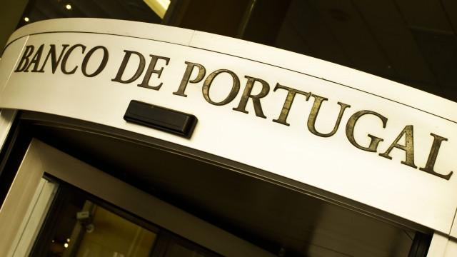 Banco de Portugal preocupado com baixa poupança das famílias