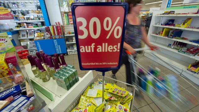 Trabalhadores dos supermercados estão hoje em greve