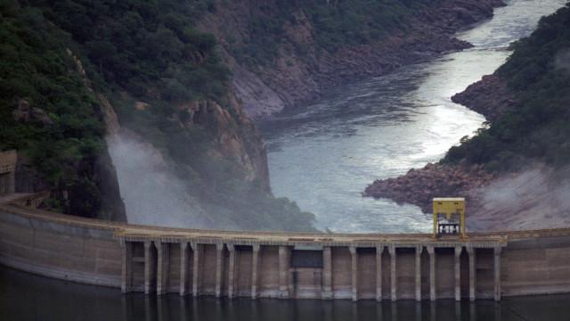 Governo moçambicano prorroga concessão da Hidroelétrica de Cahora Bassa
