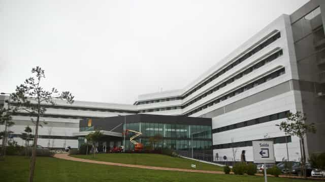 """Renovação de contrato de gestão do Hospital de Cascais é """"injustificada"""""""