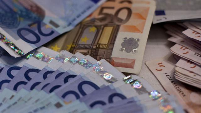 Cerca de 8,6 mil milhões de euros saíram para paraísos fiscais em 2016