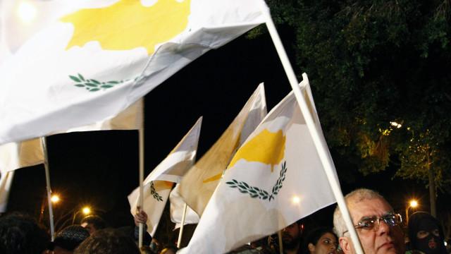 """Músicas do Mundo: Chipre é """"sobretudo um problema económico"""""""
