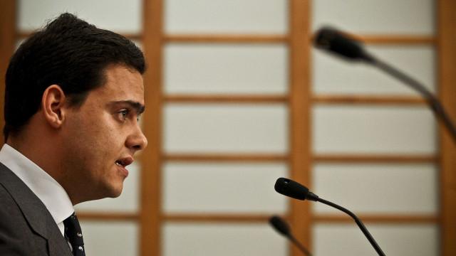 Sérgio Azevedo diz que viajou a convite da Huawei mas não como deputado