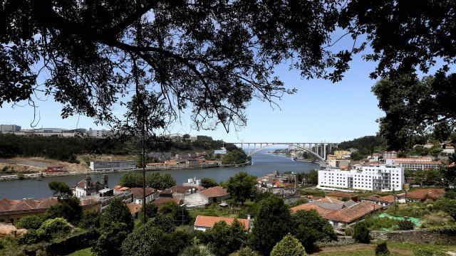 Considerado nulo deferimento que viabilizou obra na Arrábida do Porto