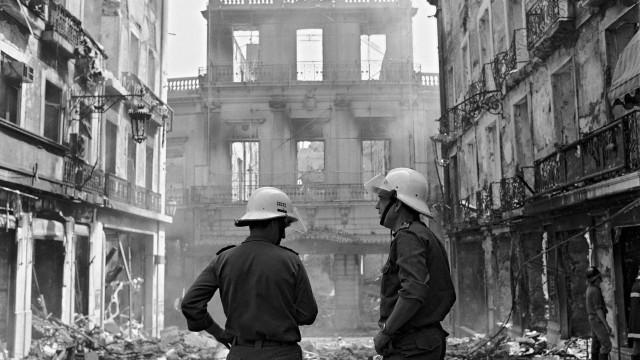 Chiado acordou há 30 anos com o incêndio que marcou a capital portuguesa