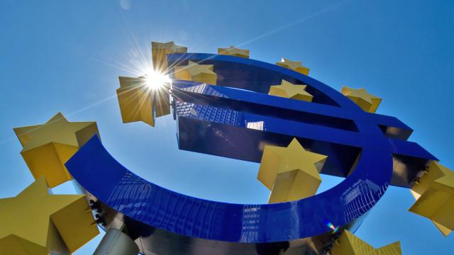 Bruxelas divulga hoje previsões económicas de inverno