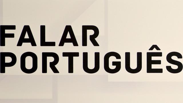 Faltam livros e professores para cursos de português na Venezuela