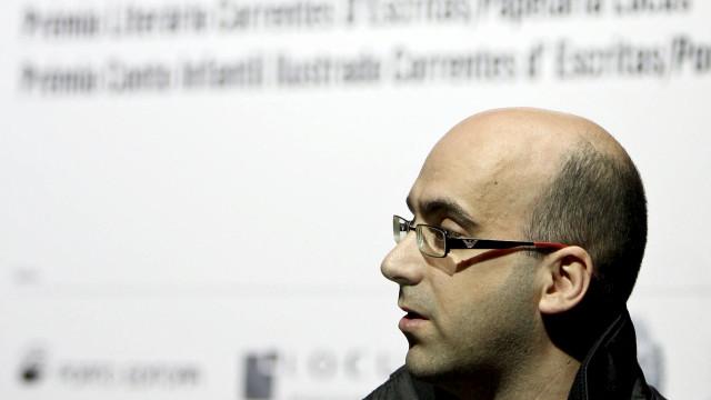 """Valter Hugo Mãe espera que festival Morabeza """"seduza para a leitura"""""""
