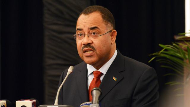 Juíza sul-africana rejeita libertação sob fiança de ex-ministro
