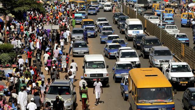 Nigéria quer mais cooperação com Bissau para trabalhar para a paz no país