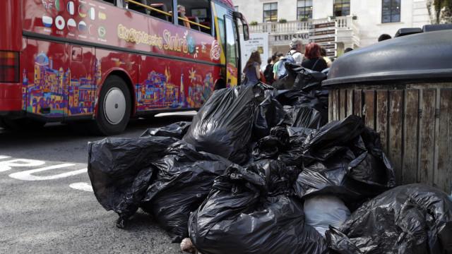 Greve na Função Pública terá efeitos já hoje no lixo e nos hospitais